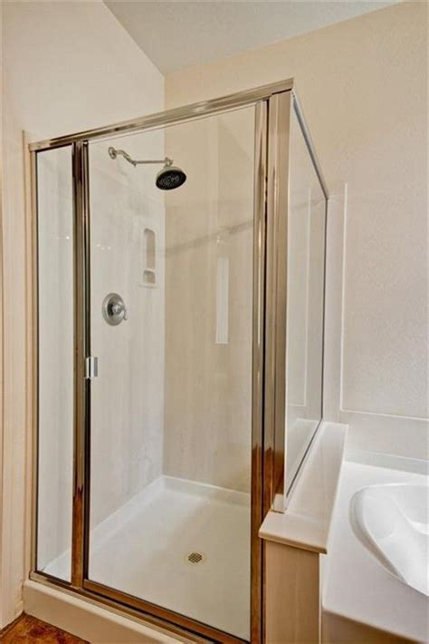 Shower Cubicles For Small Bathrooms 1000 Images About Walk In Shower Small Bathroom On Walk In Shower Enclosures