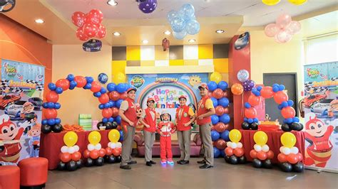 party themes at jollibee rev up for jollibee s new exciting party theme jollirace