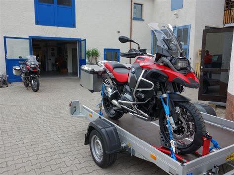 Suche Motorrad Transport by Suche Absenkbaren Anh 228 Nger F 252 R 1 R1200gs Adv Lc Und 1