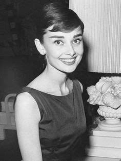 history of the pixie cut 1960s short hairstyles for women vintage hairstyle for