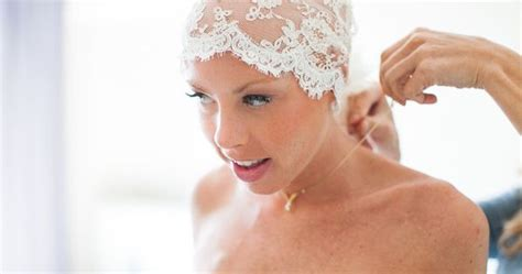 brides with alopecia courageous bride proves bald is beautiful bald women