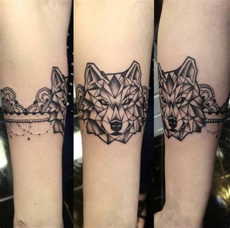 Armband Unterarm by Kleines Schwarzes Armband Unterarm Mit Wolf