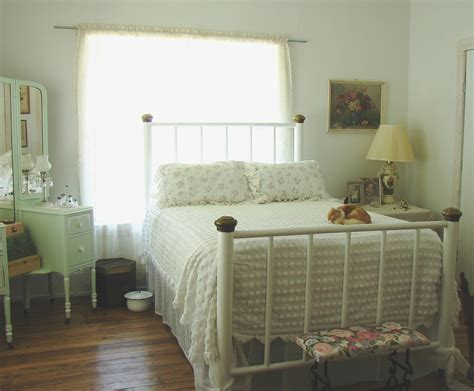 In Bedroom by The Country Farm Home The Country Bedroom 1930s Style