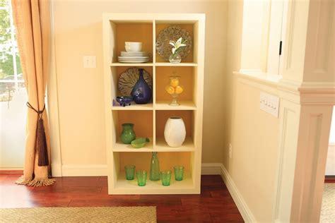 spray paint bookshelf spray painting shelves how to paint laminate shelves krylon 174