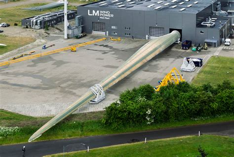 worlds largest world s wind power turbine unveiled for offshore renewable energy project
