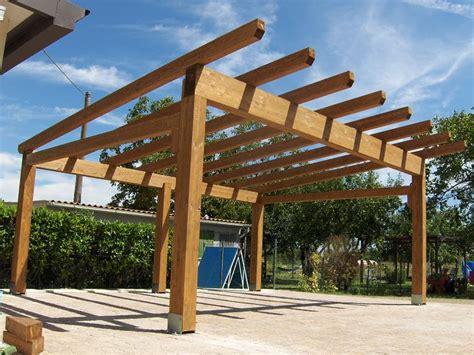 progettare una tettoia in legno casette e tettoie falegnameria serena