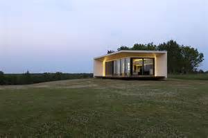 compact houses compact house addition transforms into guesthouse or shed