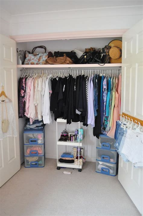 Closet Of Guilt And Pleasure by The 25 Best Color Coordinated Closet Ideas On