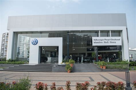 volkswagen pune volkswagen india opens showroom in pune maharashtra