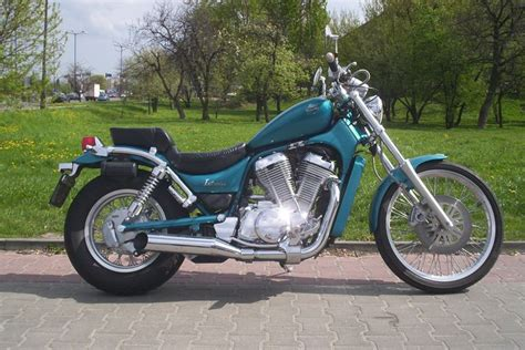 Suzuki Intruder Review 2000 Suzuki Intruder 800 Reviews Motorcycle Review And