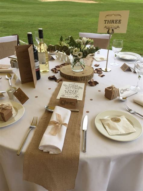 17  best ideas about Hessian Wedding on Pinterest
