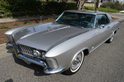 buick riviera 1960 1963 buick riviera front side