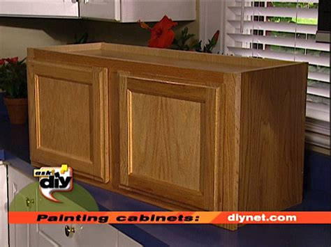 Paint Kitchen Cabinets Diy by Painting Kitchen Cabinets How Tos Diy