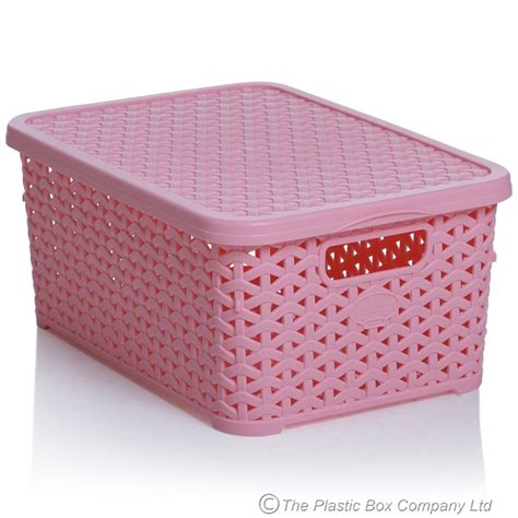buy small rattan style plastic baskets with lids white