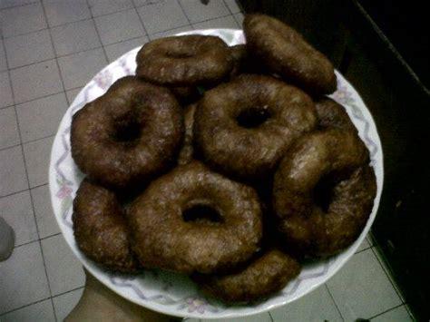 Membuat Kue Ali | resep kue cincin kue ali yulinuriskandar com