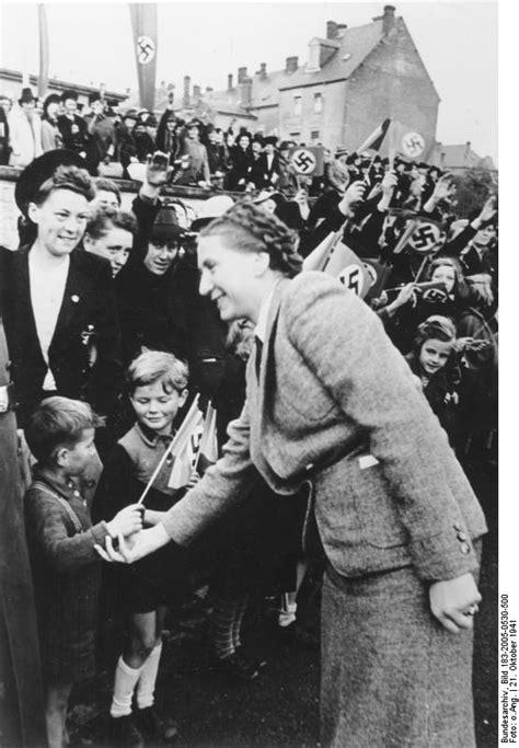 File:Bundesarchiv Bild 183-2005-0530-500, Gertrud Scholtz