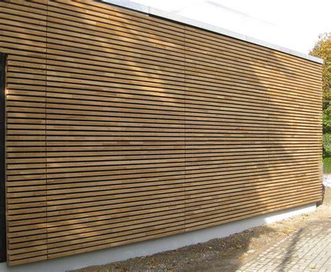 fassadenplatten holz wachs durchtr 228 nkte holz fassadenprofile fassade news