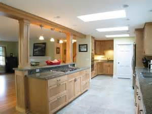 tri level home kitchen design 1000 images about tri level home ideas on