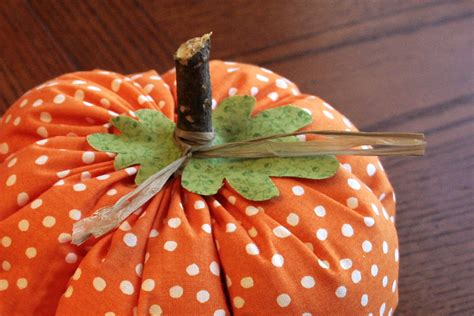pattern for fabric pumpkins fabric pumpkins tutorial craft buds