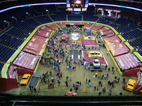 monster truck jam columbus ohio columbus ohio monster jam january 9 2010