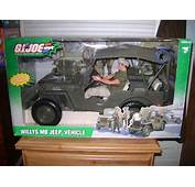 HASBRO 12 INCH GI JOE WILLYS MB JEEP VEHICLE WITH SOLDIER