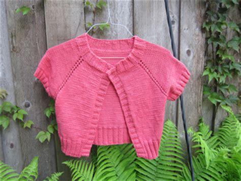 Simple Cardi ravelry simple raglan cardi pattern by brand yarn