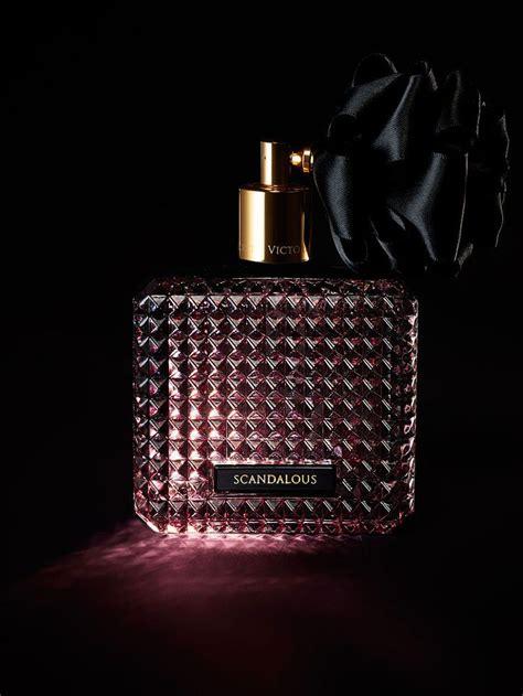 Parfum Secret Scandalous set the mood with notes of raspberry liqueur black peony