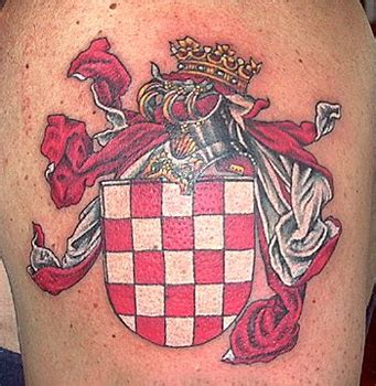 Family Crest Coat Of Arms Tattoo Graphic Family Coat Of Arms Tattoos 2