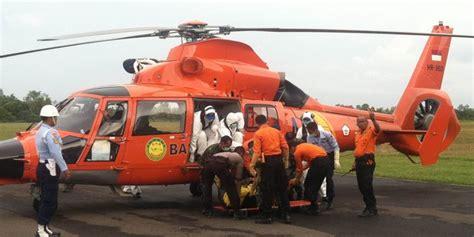 Kursi Airasia 2 jenazah yang terikat di kursi airasia tiba di