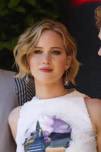 la news women with short blonde hair jennifer lawrence hairstyles from short to long hair