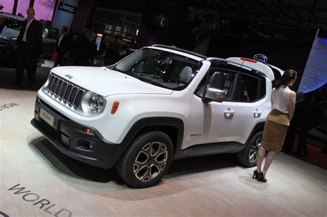 2015 jeep renegade 2015 jeep renegade tiniest jeep yet unveiled in geneva
