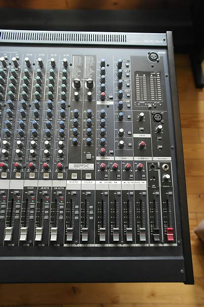 Mixer Yamaha Mg 32 Channel yamaha mg32 14fx 32 channel mixer with dual effects reverb