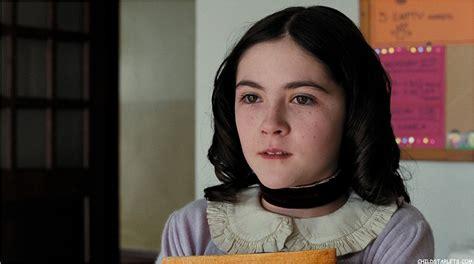 film orphan in italiano orphan isabelle fuhrman fan art 36611046 fanpop