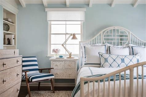 White Cottage Bedroom by White And Blue Cottage Bedroom With Global Views Klismos