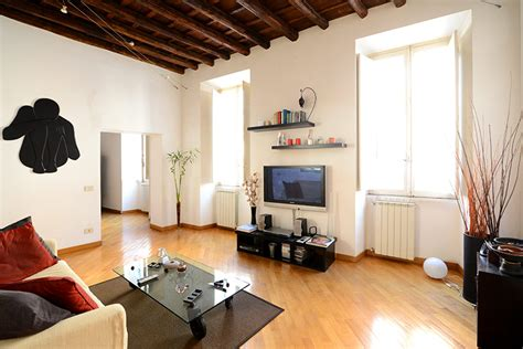 appartment in rome trevi fountain stylish apartment rome up to 4 people