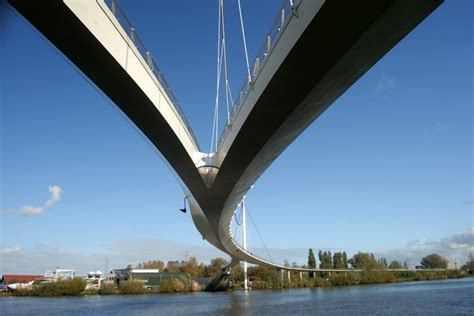 17 of the most beautiful bridges in the world most beautiful bridges in the world photos architectural