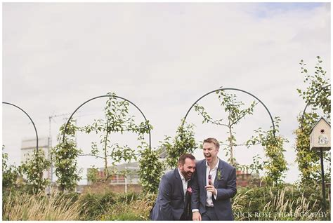 Wedding Yard by Ham Yard Hotel Wedding Photography