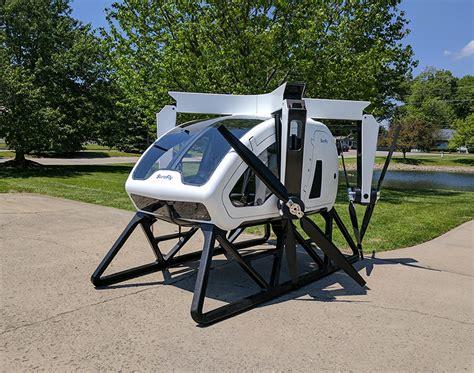 come costruire un drone volante l elicottero futuro ha 8 eliche un paracadute e