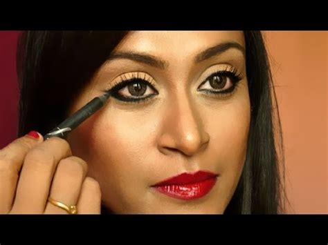Eyeliner Kajal Jafra link how to apply winged liner using