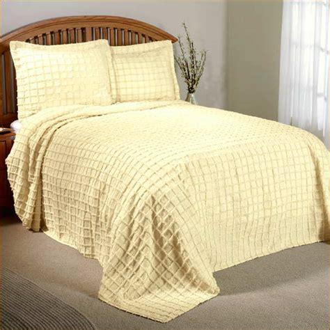 white chenille bedspread king size home design