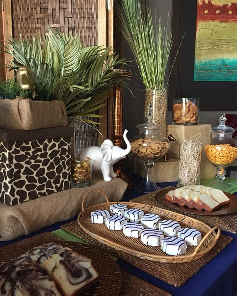 Safari Jungle Baby Shower Decorations by Best 25 Safari Centerpieces Ideas On Jungle