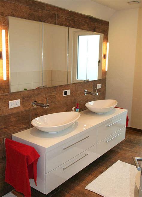 spiegelschrank in trockenbauwand 220 ber 1 000 ideen zu badezimmerspiegel auf