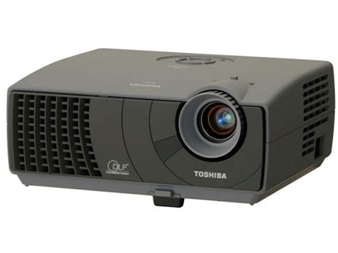 Proyektor Toshiba Tdp S8 theater at home toshiba releases 2 new dlp projectors tdp t9 and tdp s8