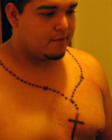 necklace tattoo designs for men 25 necklace chain cross tattoos designs golfian