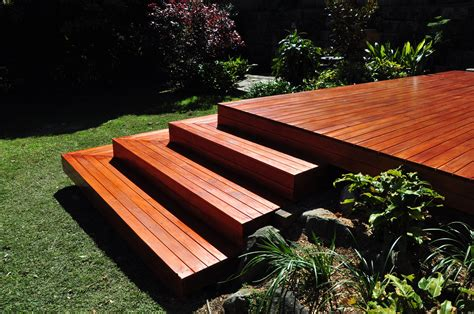 AM Flooring, solid and floating floors and timber decking