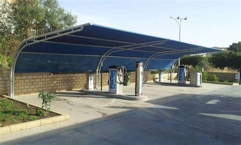 tettoie per parcheggi pensiline ombreggianti coperture per parcheggi
