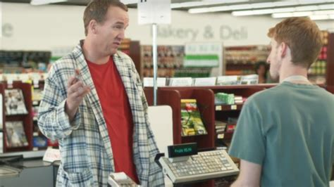 peyton manning new commercial singer watch lionel richie sing peyton manning into retirement in