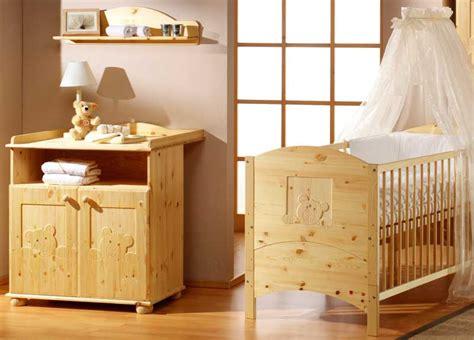 chambre enfant pin chambre b 233 b 233 lit commode pin massif naturel oursons