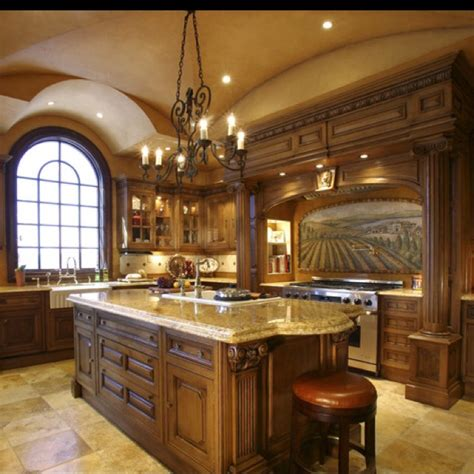 italian style kitchen cabinets 1000 ideas about tuscan kitchen design on pinterest