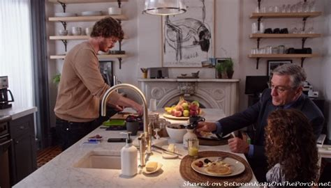Jules Kitchen by Tour Jules Home In Quot The Intern Quot With Hathaway